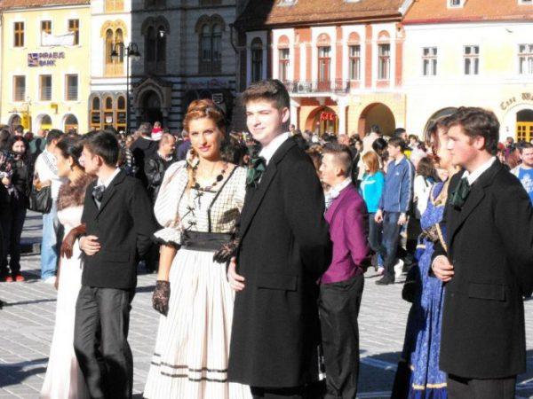 """,,ROMANA""""-un dans istoric se intoarece in comunitate"""
